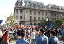 protest măști Piața Universității